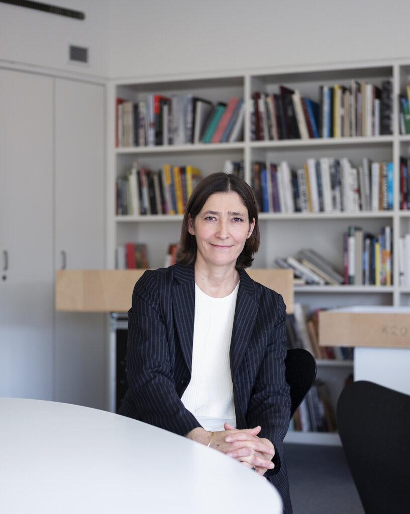 DIE DAME - Frau Direktorin -  Susanne Gaensheimer Düsseldorf 2019